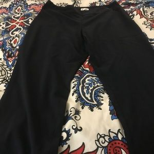 NWOT Avenue pull on stretch Navy stretch pants